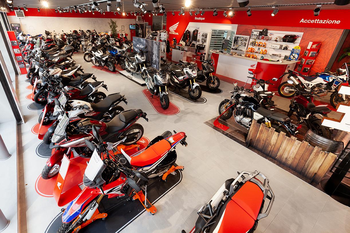 Vendita moto e scooter concessionaria honda motostar milano for Offerte di lavoro a forli da privati